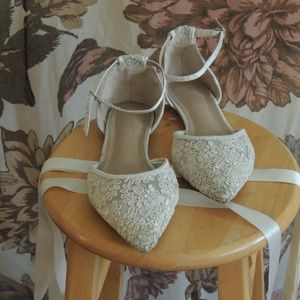 Kailee P Shoes - Ivory Crochet Lace Pointy Toe Flats